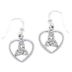 Øreringe Hjerte med Triquetra – Treenighedssymbolet – pr sæt – pris 219.00