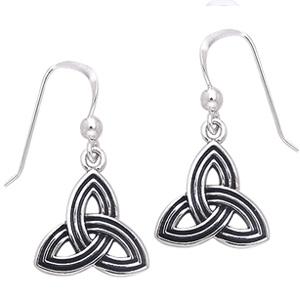 Øreringe med Triquetra – Treenighedssymbolet – pr sæt – pris 209.00