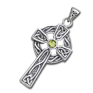 Keltisk kors med Peridot – u/kæde – pris 279.00