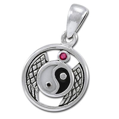 Yin Yang vedhæng med Rubin – u/kæde – pris 179.00
